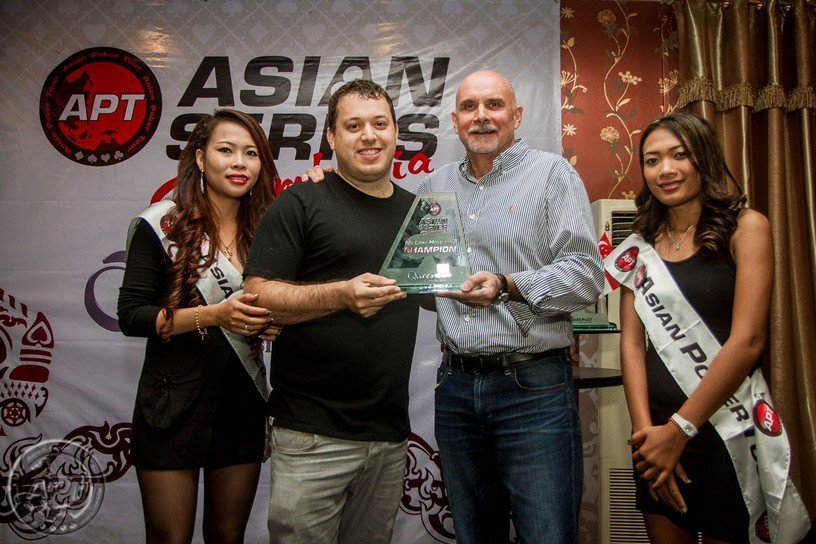 Up and Down : Sam Razavi wins APT  POY, Pete Chen Asia POY, Cyril Mouli is back