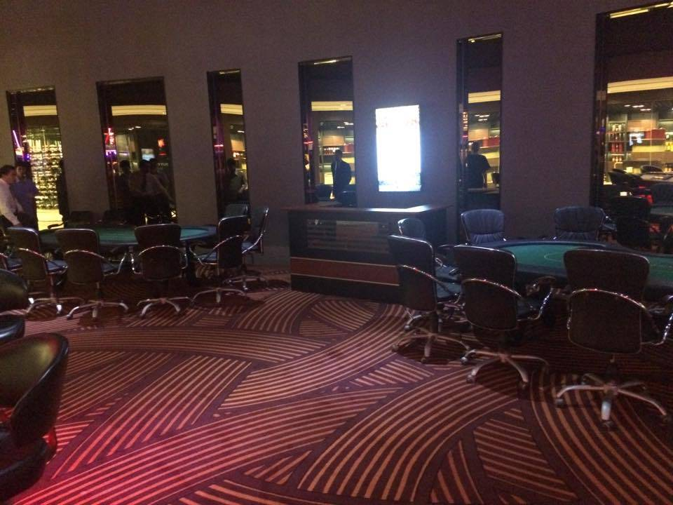 poker-room-poipet-holiday-palace