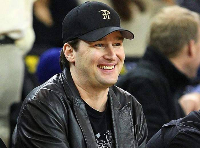 phil_hellmuth_lakers_game__1487056308_73782