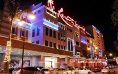 Resort Wolrd Manila 300x200 240x150