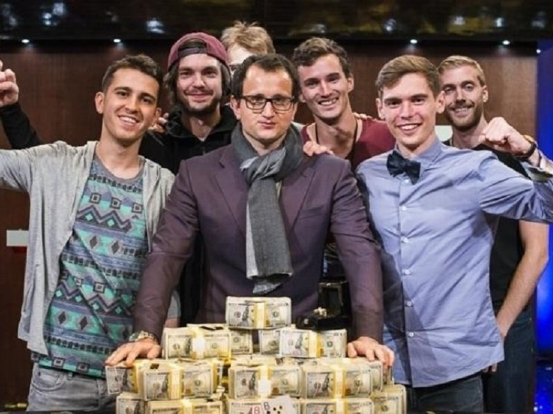 Rainer Kempe and Fedor Holz top star studded field in $300K Super High Roller Bowl