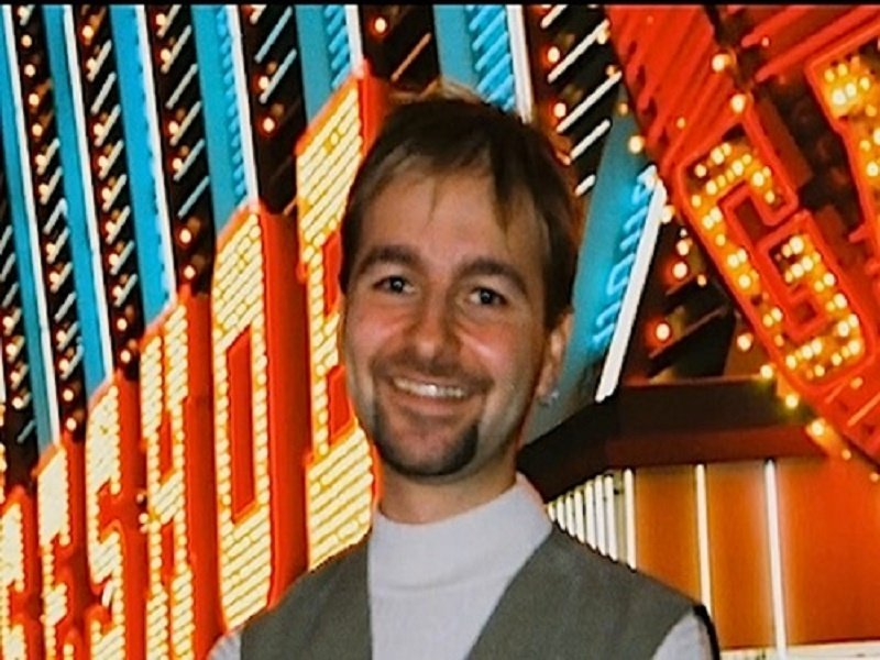 The Difficult Early Steps in Daniel Negreanu's Career