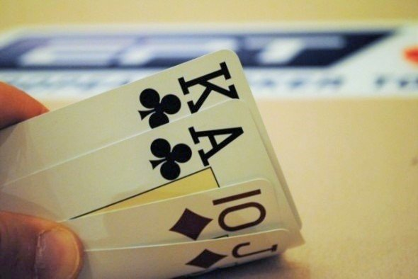 5 Reasons to Start Learning Pot Limit Omaha in 2018