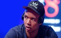 phil-ivey-pokercast-f5_orig_f5