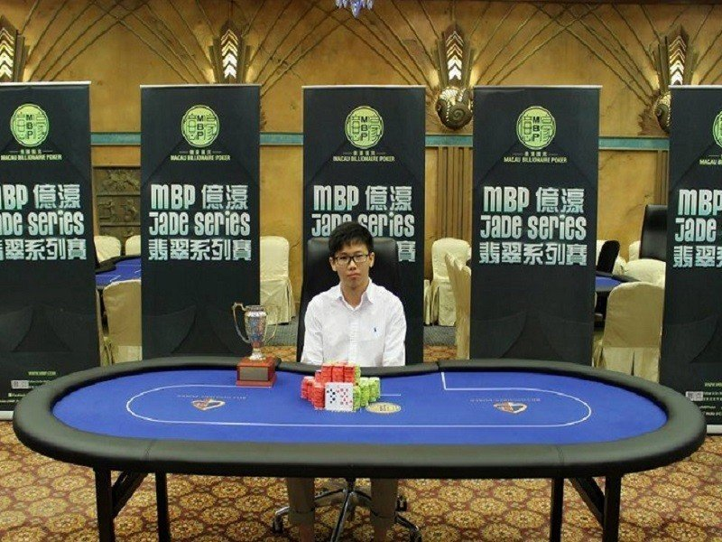Feng Zhao wins HK$310,400 in the Macau Billionaire Poker Jade Series I