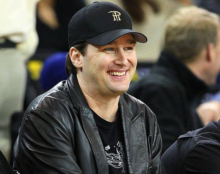 phil_hellmuth_lakers_game__1487925720_56887