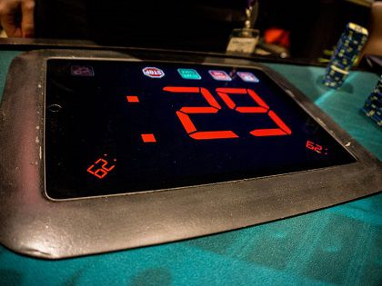 888Poker Continues the Action Clock Trend