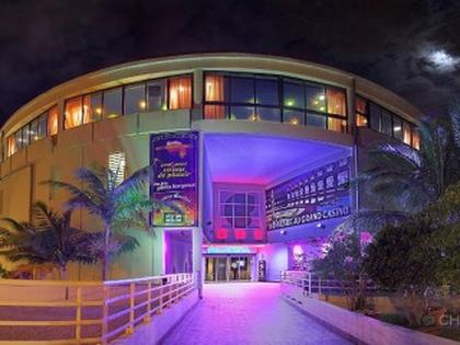 grand_casino_entrance-noumea