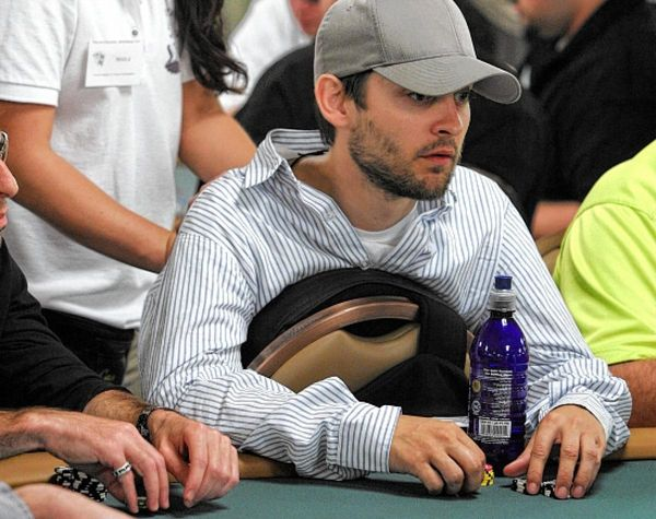 Top Celebrities Playing Poker