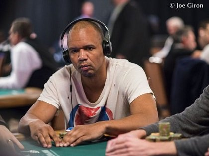 WSOP Stories: Ivey Back, Negreanu vs Polk,  Hellmuth's mark-up controversy