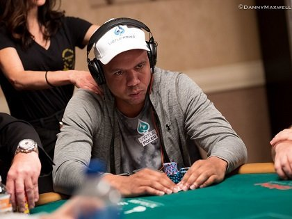 Ivey bossing and Asian players rising as Main Event second day starting flights conclude