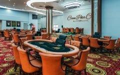 Crown Poker Club Hanoi Room 240x150