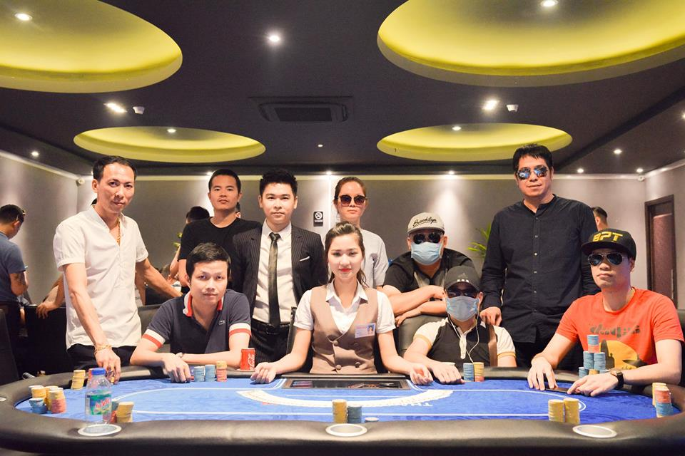 thai nguyen poker club table