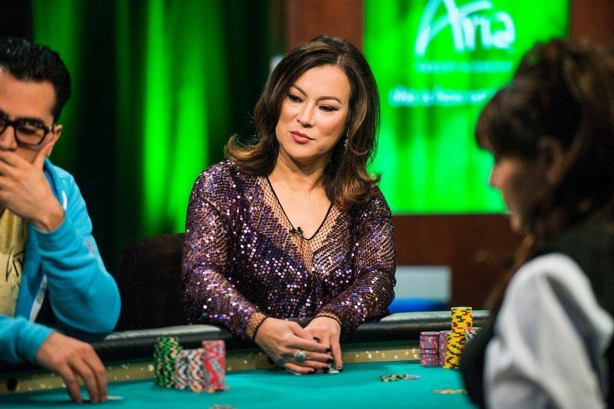 TV, Cinema, Poker – A long conversation with Jennifer Tilly