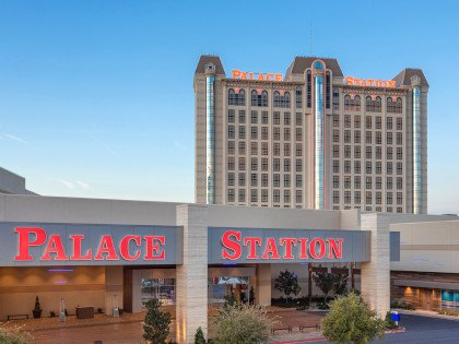Palace Station Vegas Feat