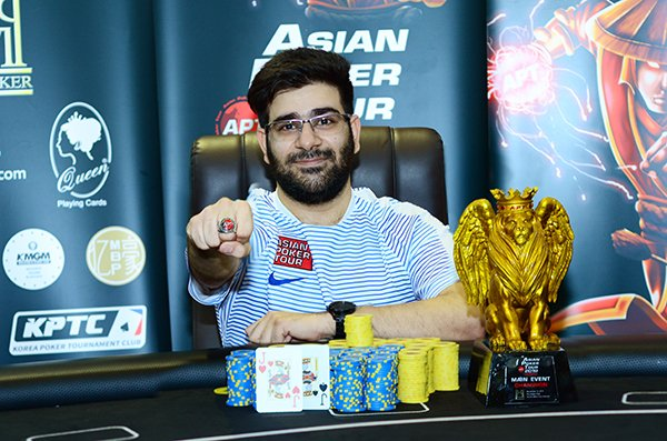 Akshay Nasa denies Vincent Chauve at the APT Vietnam Main Event