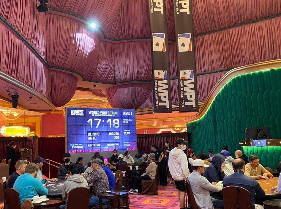WPT Philippines: 32 race for the opener title; Main Event Warm Up last chance to enter; Brett Kennedy claims first event trophy
