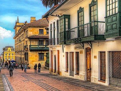 1280px La Candelaria Bogota Colombia 5785130118 Featured