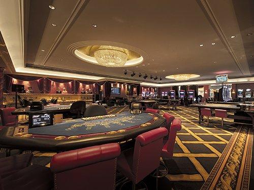 Swiss Casino Pfäffikon inside