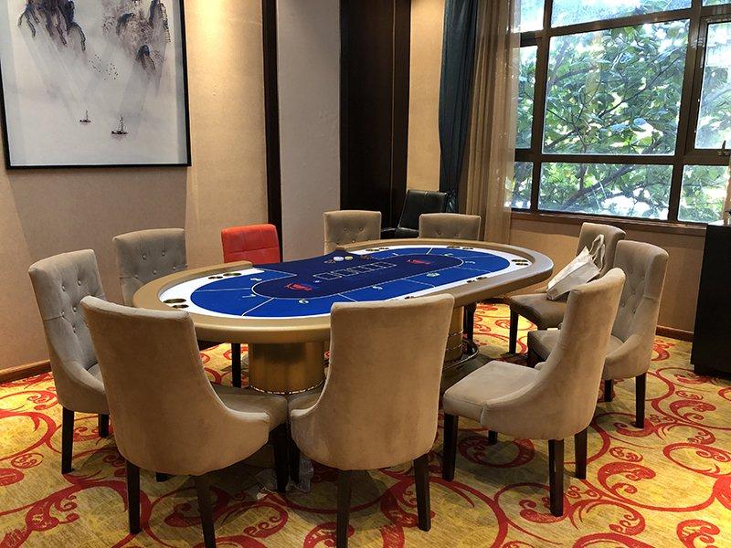 777 Triple Seven Poker Club room 01