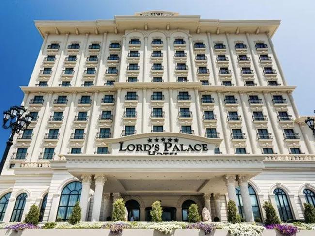 Lord's Palace Poker