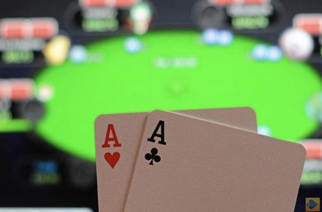Online Poker 1024x676