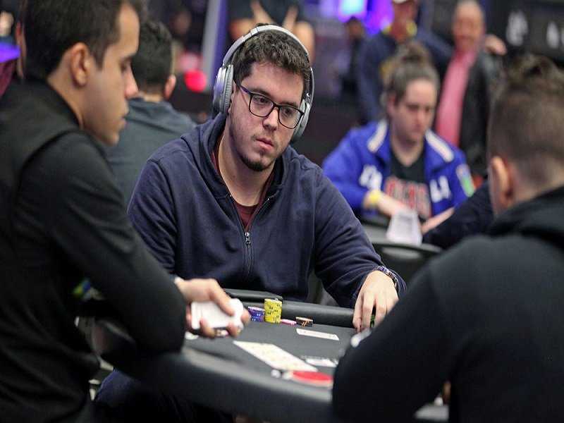 2020 WSOP Main Event - Natural8: International final 9 lineup led by Brazil's Brunno Botteon de Albuquerque; China's Peiyuan Sun in contention; next stage in Rozvadov