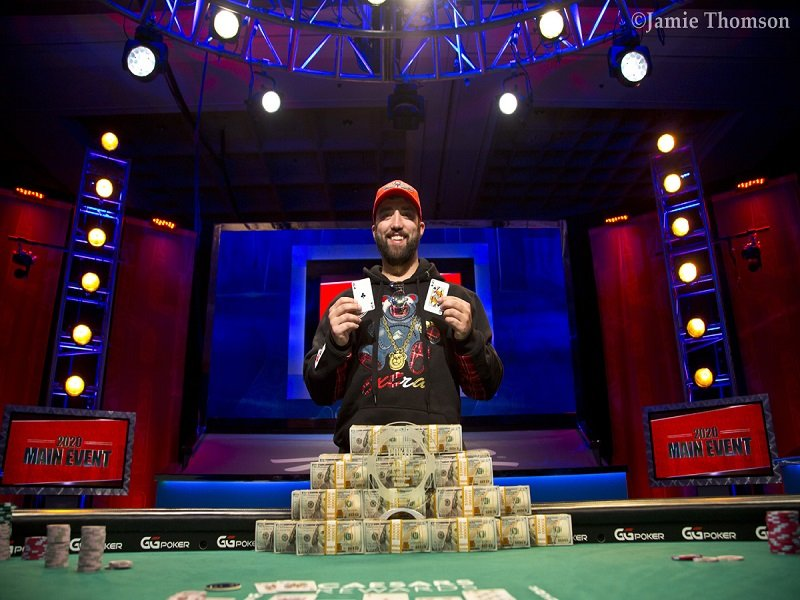 Joseph Hebert wins the 2020 WSOP Main Event Domestic to face Damian Salas at the Heads Up World Championship; Upeshka De Silva disqualified; Salas denied entry to USA