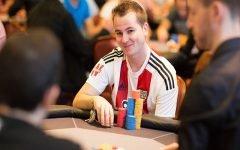 Ivan Deyra Poker 1 240x150
