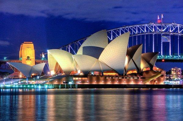 Covid-19 crisis puts Australian poker scene to a halt